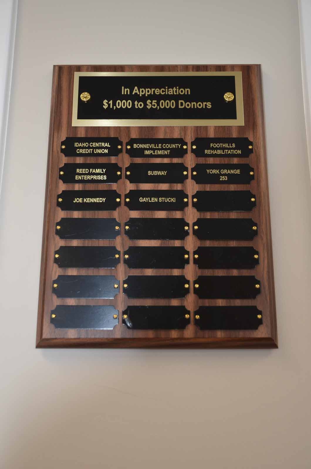 donor-plaque-1-5-thousand